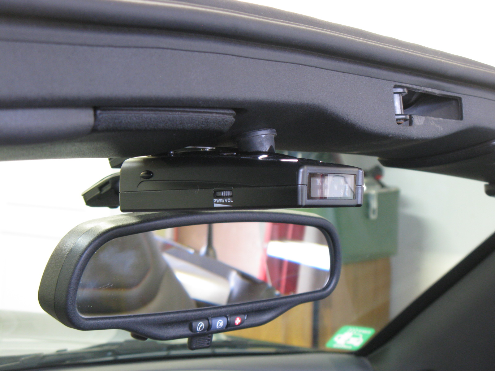 Looking to mount my radar detector-100_0089.jpg