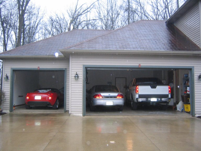 getting 4 cars in a 3 car garage - pontiac solstice forum