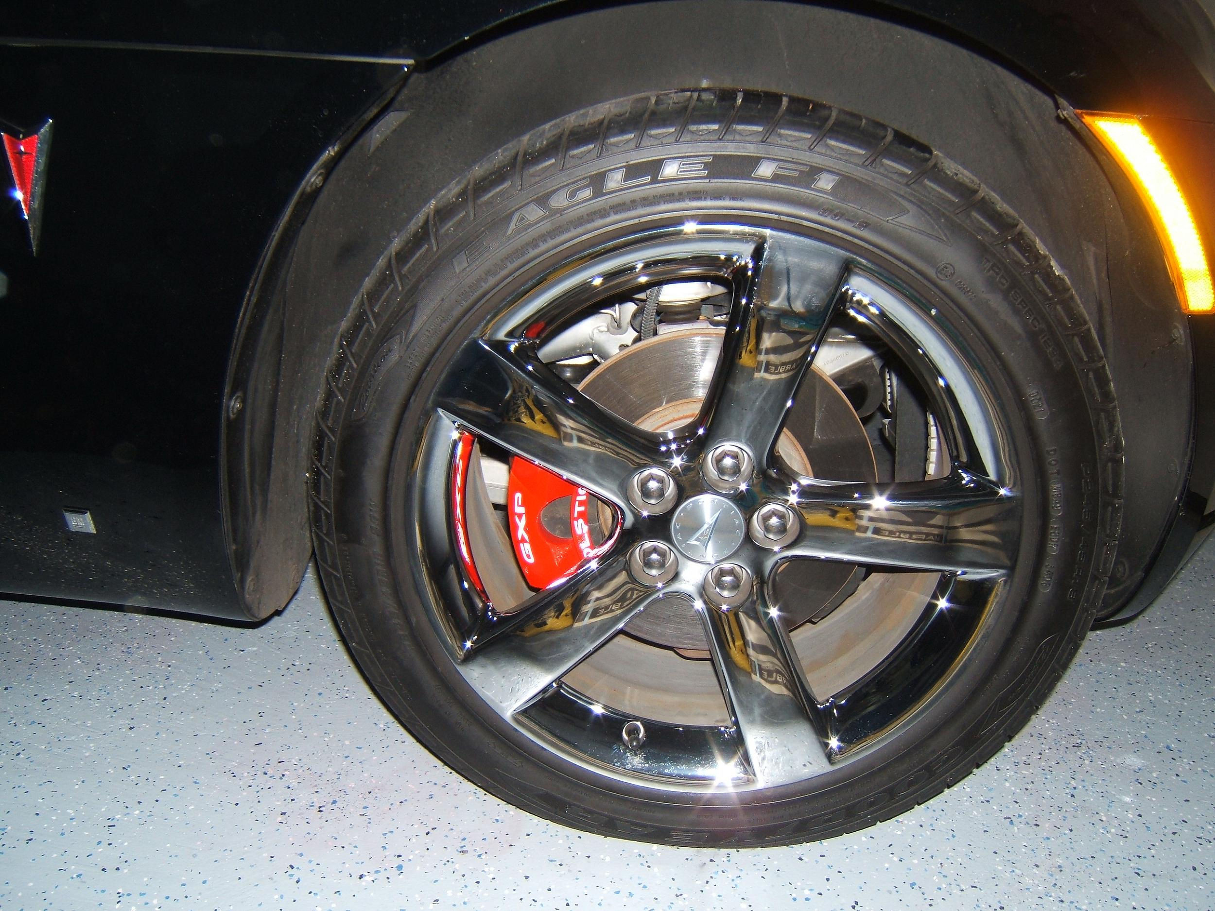 Painting The Calipers On The Solstice How To Pontiac