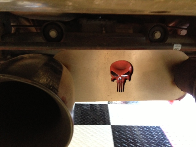 Punisher-exhaust-strap-punisher-head-painted.jpg