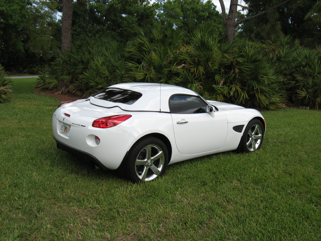 New Smooth Line Hardtop Pics Pontiac Solstice Forum